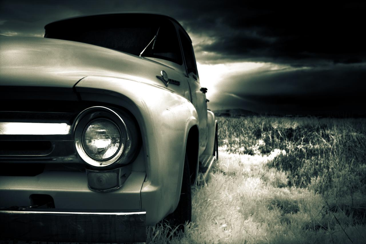 1956 Ford F-100 (infrared).