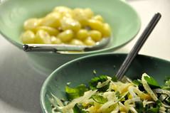Gnocchi i gorgonzolasauce og salat af fennikel og clementiner