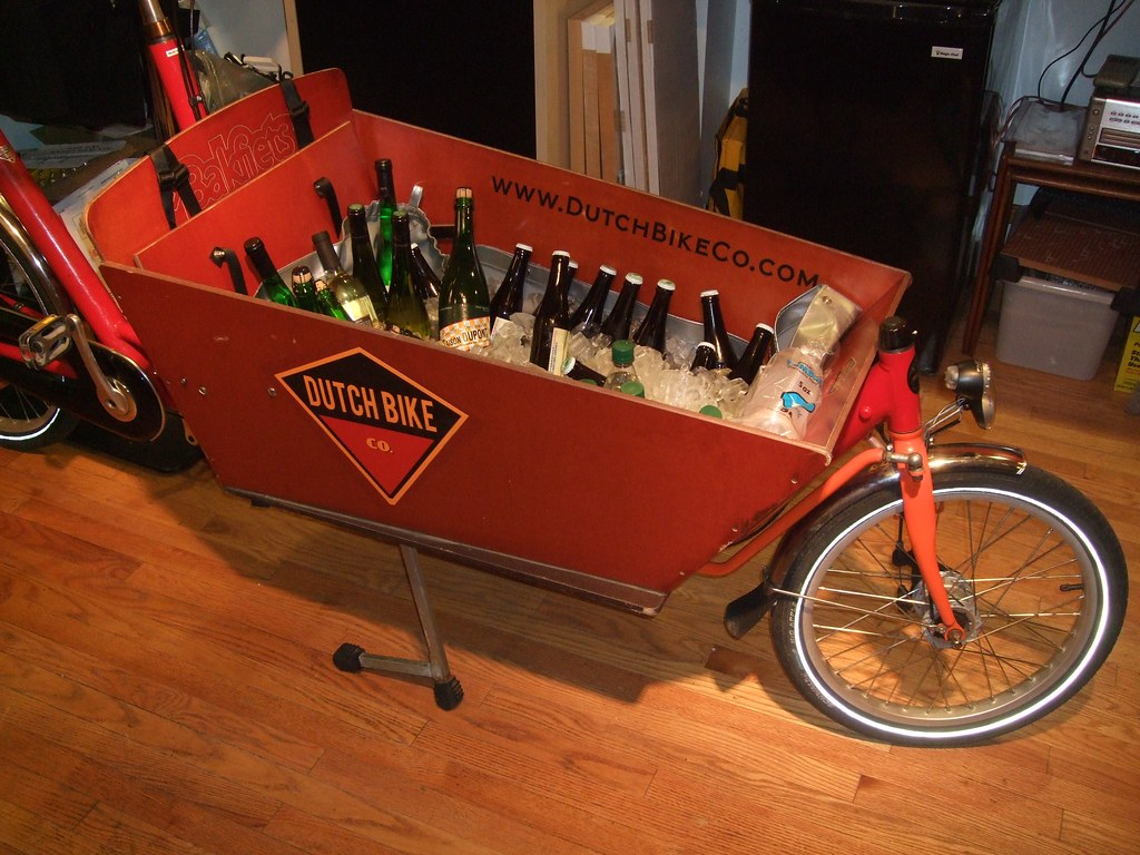Belgian beer in a Dutch Bike store bakfiets