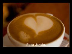 _MG_5253 (Peter_Jakobs) Tags: herbst jahreszeiten herz cappuchino genuss