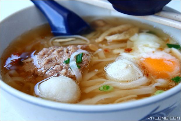 koay-teow-soup