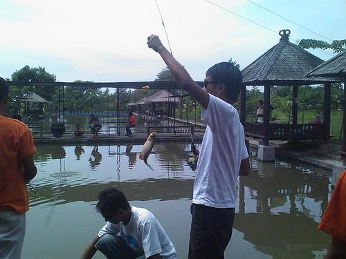 Mancing Ikan