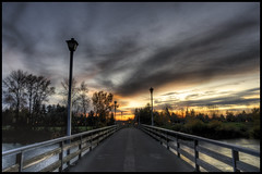 Into the Sunset (Greg Nissen) Tags: bridge sunset sun colors beautiful set oregon river high nikon crossing greg dynamic or eugene pro d200 nikkor dslr gregory range 18200 hdr vr willamette afs vibration dx nissen reduction 541 18200mm photomatix f3556 3556 gregoryniss