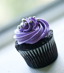 Cupcake (victoria.anne) Tags: light cakes window day yum purple chocolate maddy delicious cupcake sprinkle victoriaanne maddycakes themaddycakeswebsitewascreatedbyscottyfraser