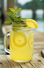 Tides Inn's Signature Lancaster Lemonade (hawkinsinternationalpr) Tags: wedding golf bay sailing resort resort school chesapeake wedding wedding reception hotel marina virginia club vacation spa virginia locations vacations meetings