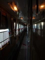 Blick in den Gang des russischen Schlafwagens