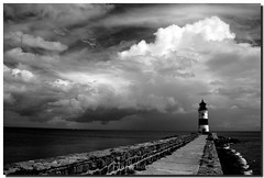Lighthouse (PHOTOPHOB) Tags: sky bw lighthouse white black clouds germany faro deutschland wolken balticsea sw fjord weiss ostsee phare vuurtoren schwarz navigation fyr leuchtturm schleswigholstein holstein kappeln angeln schleswig leuchtfeuer rotfilter polfilter arnis schlei maasholm siseby blackwhitephotos haithabu schleimndung olpenitz ostseefjord lumturo slien schwansen sieseby missunde nonsfeld camerascanoneosdigitalrebelxti