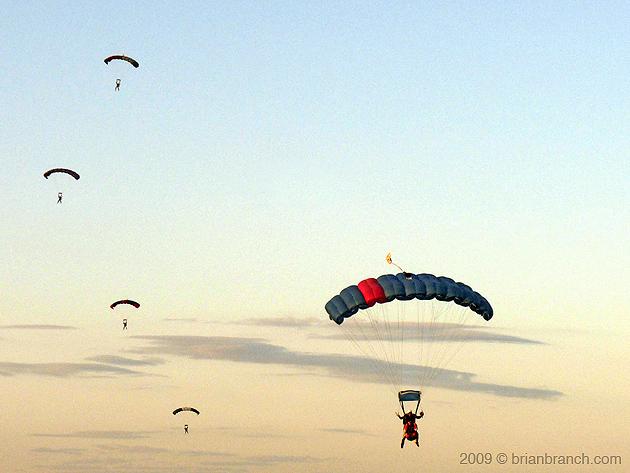 P1030015_parachute