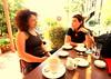 bahçe sohbetleri (nilgun erzik) Tags: istanbul kavacık fotografkıraathanesi fotografca biyerlerde melahi defnecafe agustos2009 genişaçıgünleri bahçesohbetleri