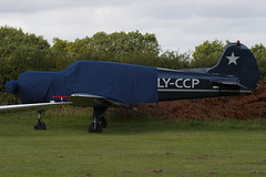 LY-CCP - 22202044623 - Private - Yakovlev Yak-18T (Yak-18) - Little Gransden - 090830 - Steven Gray - IMG_0636