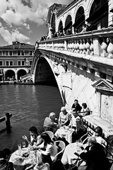 Rialto and a restaurant. Venice, Italy. (E. B. Sylvester) Tags: bridge venice bw italy point restaurant view pointofview venise venezia rialto canalgrande apéro appetit ebsylvester