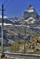 Railway (Y. Ballester) Tags: lake snow alps train alpes tren lago schweiz switzerland nikon suisse suiza swiss nieve railway glacier gornergrat zermatt matterhorn alpen svizzera glaciar hdr valais vias cremallera d60 cervino gorner gletsher gornergletsher
