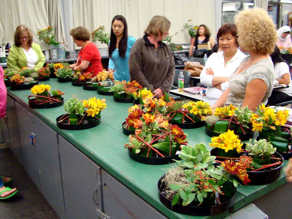 DSC02208 European Floristry Class