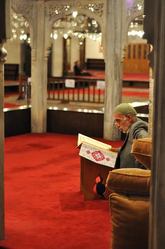 Leyendo el Coran... Ramadán en Estambul