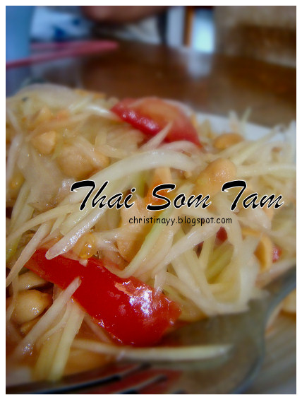 Carnival of Flowers 2009: Lunch Invitation (Som Tam)