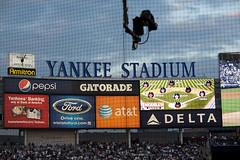 NEW YORK YANKEES (FUTURADOSMIL) Tags: newyork digital photography flickr image baseball stadiums picture yankeestadium futura newyorkyankees mlb ballparks futura2000 béisbol americanleague bronxbombers majorleaguebaseball majorleagueballparks marktwo futuradosmil fvtvra canoneoscincodelta lasgrandesligas lasmayores estadiosdegrandesligas béisboldegrandesligas markdos alds2009 fvtvramm
