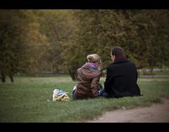 Love's Duet (edmundlwk) Tags: park autumn london love grass couple primrosehill camdentown ef100mmf28macro canon450d rebelxsi edmundlim