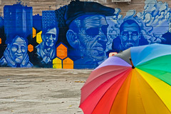 visione periferica (duegnazio) Tags: roma muro canon 350d italia murales 2009 italians lazio ombrello torpignattara romamor muriromamor lovelycity duegnazio artlegacy
