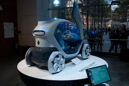 Concept Electric Car - Twizy ZE