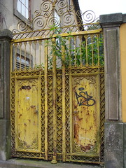 Yellow gate