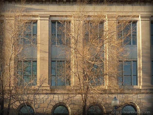 P1060427_facade