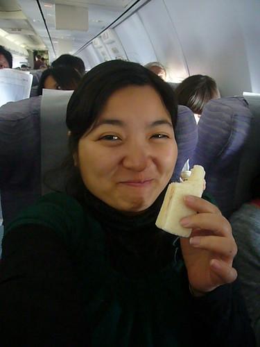 華航空氣三明治