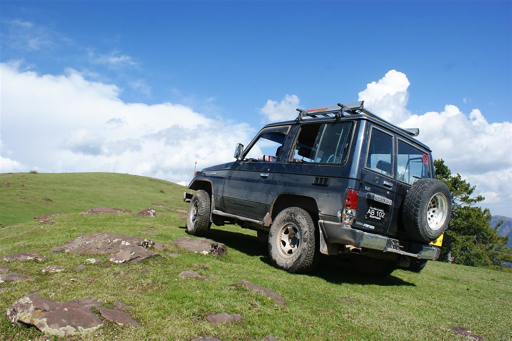 Muzaffarabad Jeep Club Trip to Pirchanasi - 5704691104 4de9740072 b