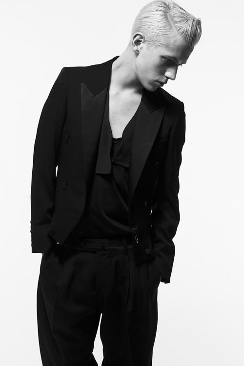 Adam 0014_QL AW11(Fashion Press)