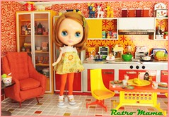 I love my kitchen! (Retro Mama69) Tags: retro blythe 1960 orangeandyellow retromama kitchentoy retrotoykitchen kitchendiorama vintagetintoykitchen kitchenroombox fuchstoykitchen vintagefuchstoy rementsminiature miniaturetoykitchen niccaskitchen grooviekitchen amscoapartmentfurniture amscodinnette