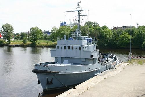 Deutsche Marine: ex Schlepper und Eisbrecher Klasse 721 FGS A 1401 EISVOGEL im Ausrüstungshafen