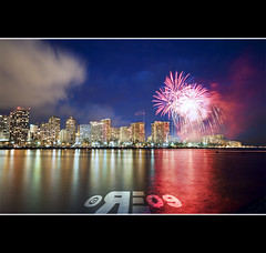 Friday Night Hilton Fireworks (Ryan Eng) Tags: longexposure sky seascape water night lights hawaii cityscape waikiki oahu fireworks magicisland honolulu dri alamoana hiltonhawaiianvillage manualblending ryaneng not4thofjuly