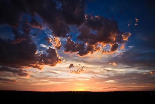 フリー画像| 自然風景| 空の風景| 雲の風景| 夕日/夕焼け/夕暮れ|       フリー素材|