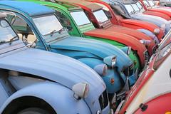 Tin Snail Shelter 2 (Cannon-Ben M.) Tags: auto car french classiccar citroen 2cv oldtimer shelter ente deuce franzsisch klassiker deuxchevaux carcare autopflege tinsnal
