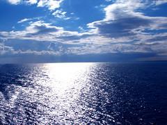 Mar Adriatico (lothar2009 - Getty Images Contributor -) Tags: mare estate blu digitalcamera viaggi adriatico mareadriatico agostinobrienza