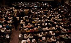 Full House (The Glimmerglass Festival) Tags: opera theater seats fullhouse openingnight programbooks glimmerglassopera nikond80 nikkor18135mm peytonlea beginningofthesummerseason