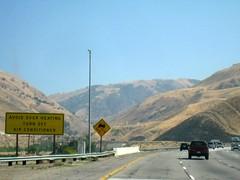 Grapevine Ahead (Joe Mud) Tags: highway i5 5 five interstate grapevine