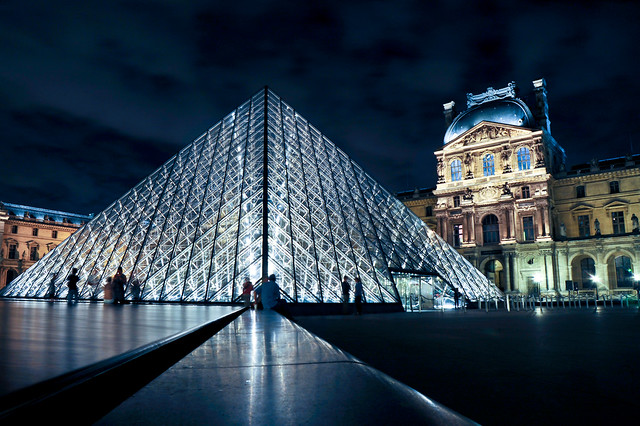 Paris : Louvre Pyramid blue