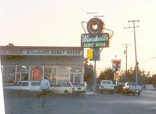 Winchell's Donut House Hacienda Gardens San Jose circa 1988 by hmdavid
