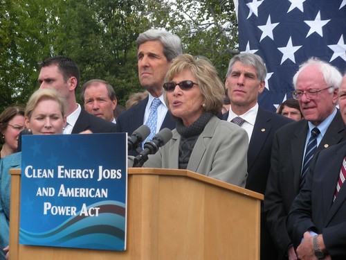 Barbara Boxer and John Kerry introduced climate legislation in the Senate today that does much to promote green building standards. (SenatorMarkUdall/Flickr)