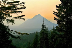 ~ Hills That Reach The Horizon ~ (~ Western Dreamer ~) Tags: sunset fall nature northerncalifornia fire haze dusk smoke evergreens mountshasta cascademountains blackbutte siskiyoucounty westerndreamer westerncapturescom westerncapturesphotography photocontesttnc11 californiatnc11
