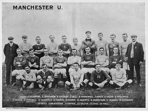 Manchester United 1906-07 team photograph