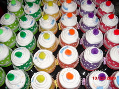 Kinda Rainbow Champagne Diaper Cake Cupcakes (NothingButHandmade) Tags: pink blue baby cake shower ebay decoration diaper cupcake gift etsy centerpiece favor babyshower washcloth pompom itsaboy itsagirl newmom diapercake momtobe crafting365 babysfirstbirthdayparty diapercupcake nothingbuthabdnade nothingbuthandmade hospitalgift champagnediapercupcake