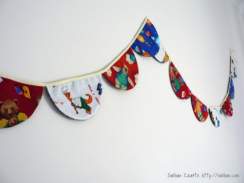 2-in-1 Bunting - Christmas & Kid's Party