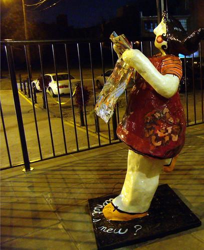 PB131590-2009-11-13-Besharat-Laure-Krug-Sculpture