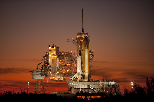 STS-129 Atlantis on Pad 39a (200911150015HQ)