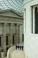 Coming and Going at The British Museum (Geoff France) Tags: roof architecture stairs steps britishmuseum