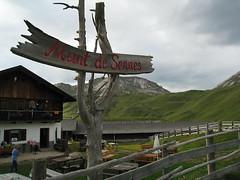 Munt de Sennes Hut, Dolomites