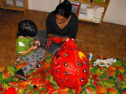 Pintando la piñata