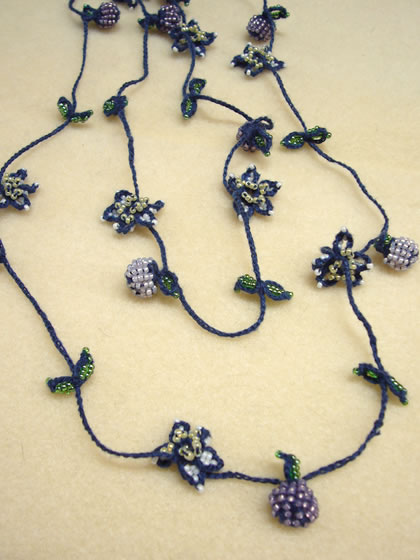 lariet necklace