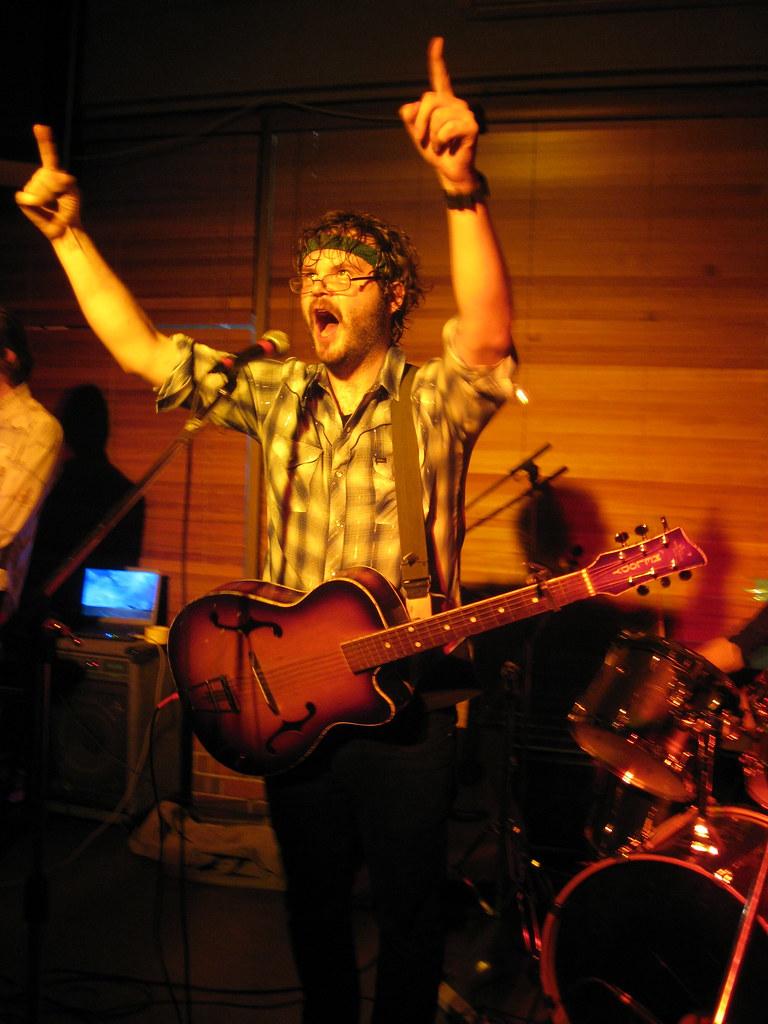 Wagons @ Mojo's, Hamilton. 11/7/09
